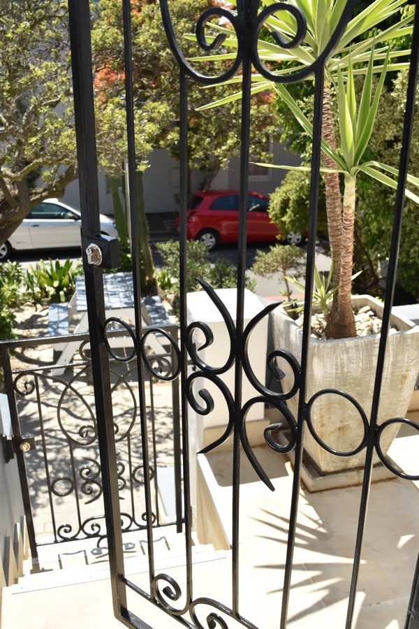 139 Waterkant Street - exterior front & gate