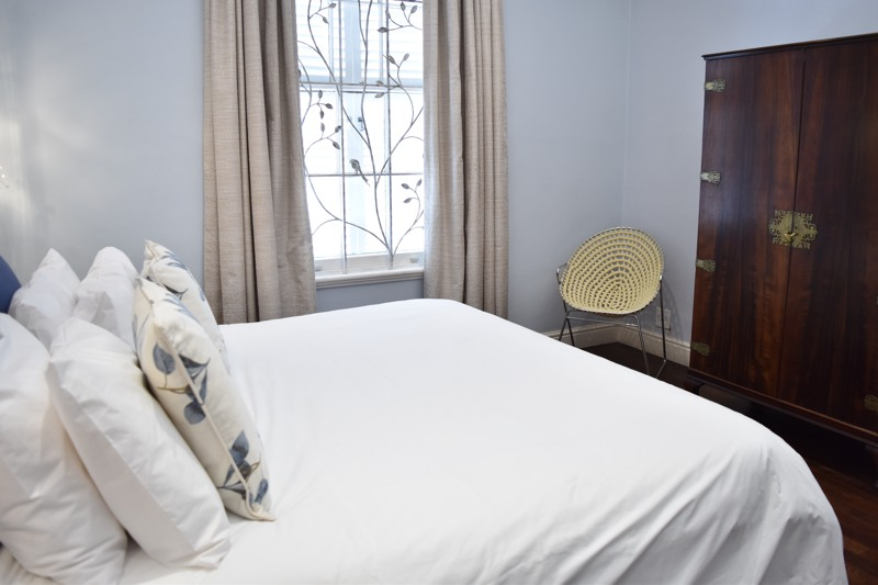 10 Loader Street - bedroom 1