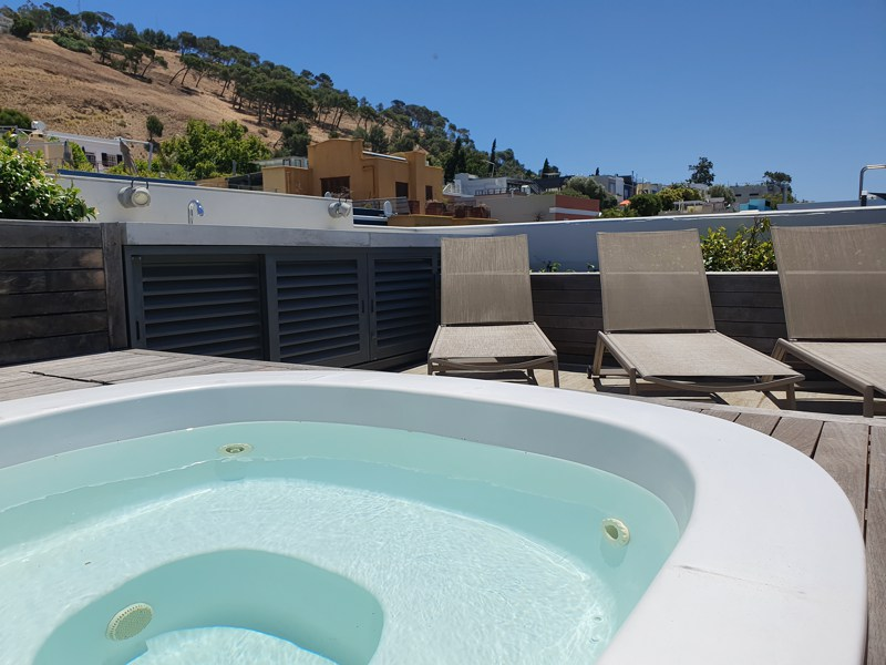 76 Waterkant Street - roof terrace & hot tub
