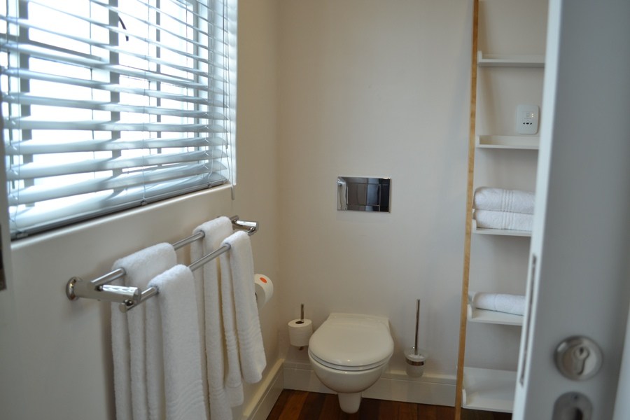 52 Loader Street - Bathroom