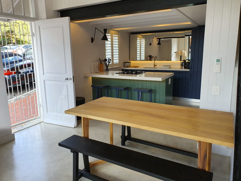 92 Waterkant Street - dining & kitchen area