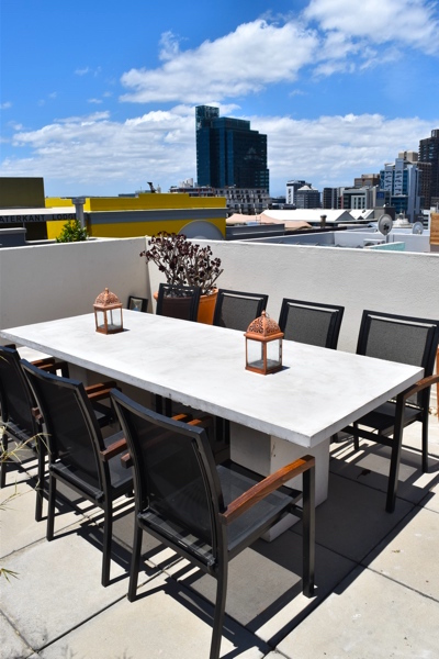 39 Dixon Street - Table & view of city