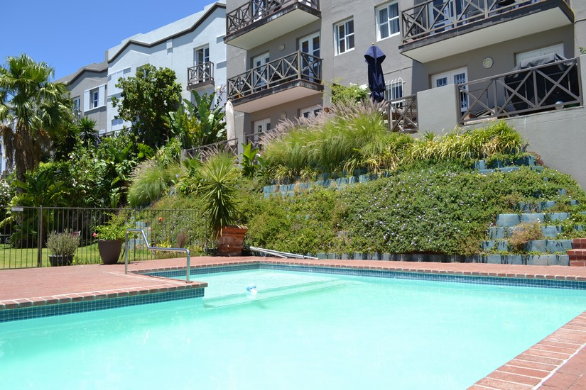 115 De Waterkant Piazza - communal pool