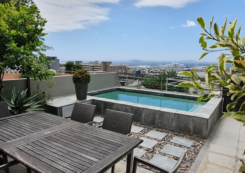 2 Bayview Terrace - Pool & view