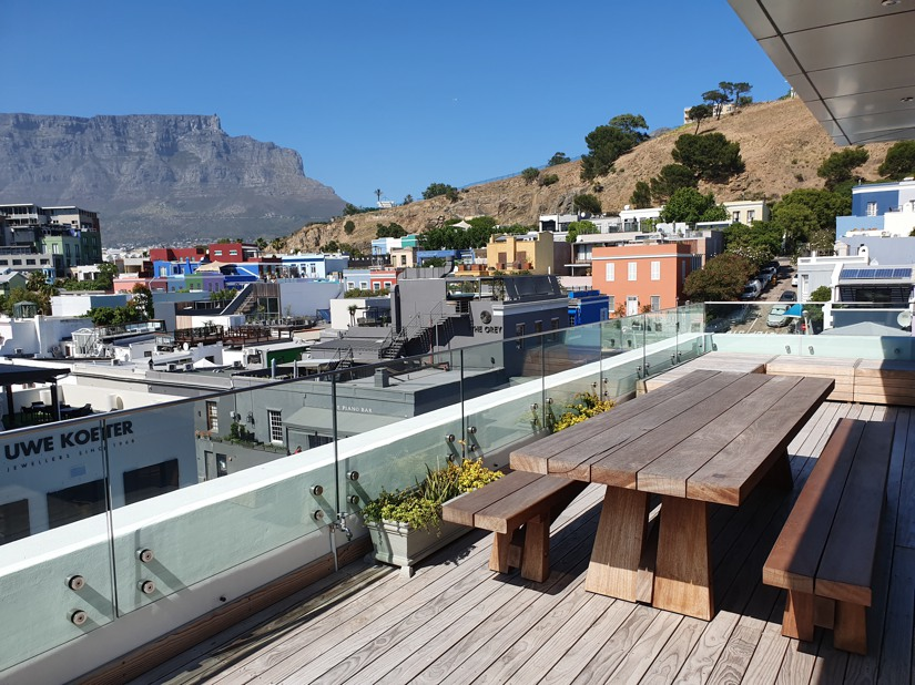 32 Napier Street Apt.502 - balcony and city & Table Mountain view