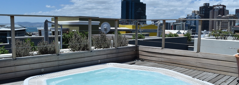 39 Dixon Street - Jacuzzi & city view