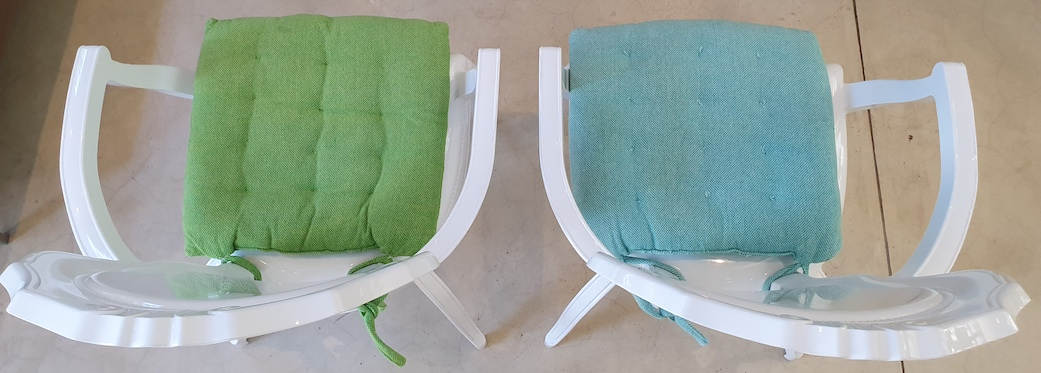 76 Waterkant Street - living area chairs